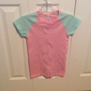 Ivivva blue & pink run swiftly tee sz S 59629